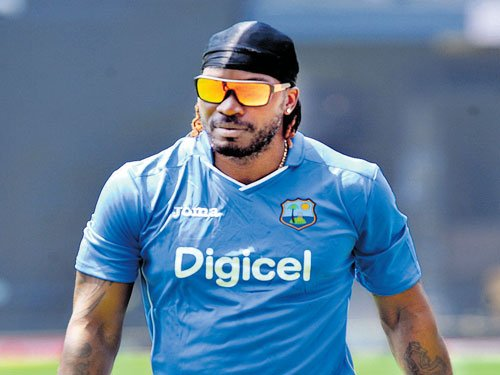 Gayle flies to West Indies to see new-born son