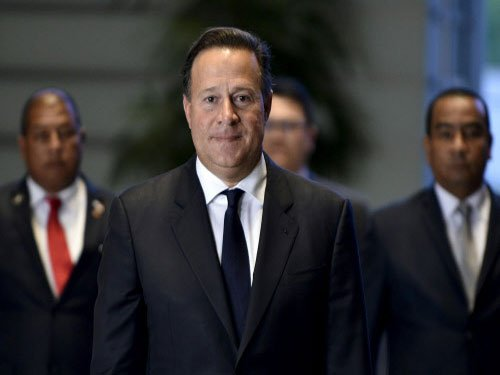 Panama president vows lead role in financial transparency
