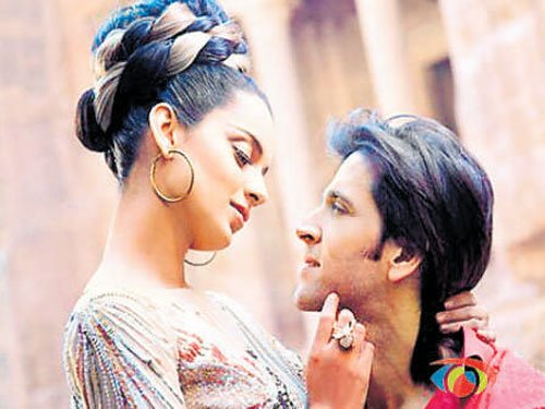 US firm to give info on Hrithik-Kangana mails
