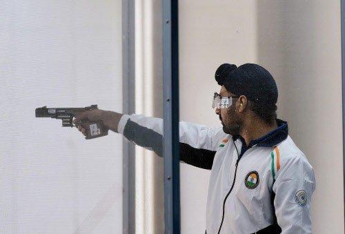 Sheeraz, Mairaj, Gurpreet start well in ISSF World Cup | Deccan Herald