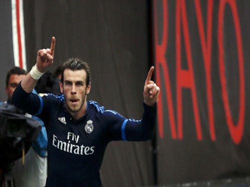 Bale saves Ronaldo-less Real