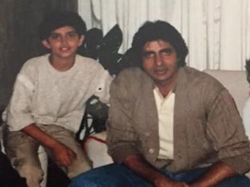 Hrithik posts throwback pic of his fan moment with Big B