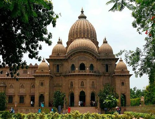 Ramakrishna Math monks abstain from voting again