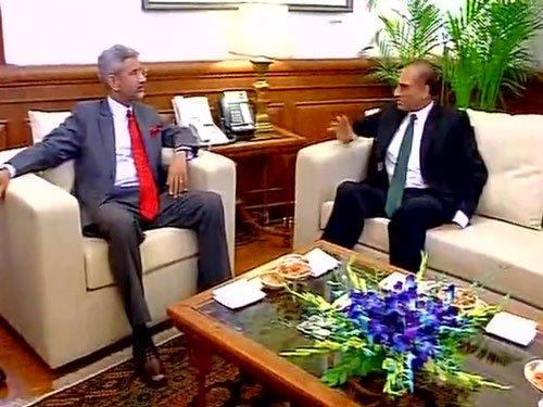 Indo-Pak FS meet: terror, Kashmir dominate talks