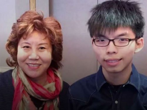 India denies visa to Chinese dissident, activist