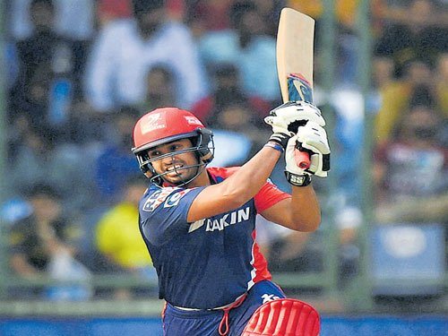 Daredevils rise to second