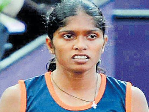 Tintu smashes 18-year-old mark; Injury forces Mayookha out