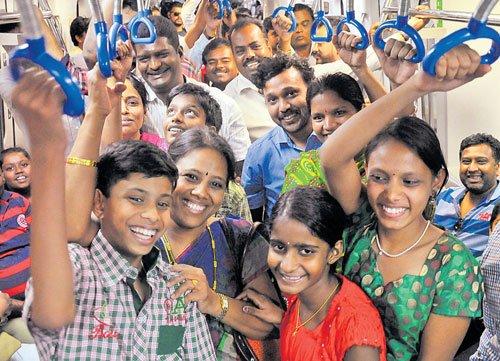 Bengalureans enjoy date with east-west corridor