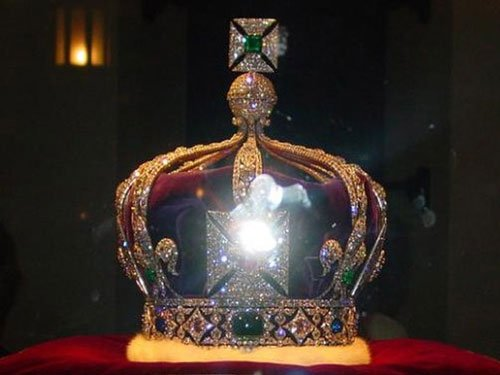 Centre declines to share info on bringing back Kohinoor