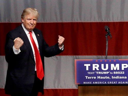 Trump leads Cruz in Indiana; Clinton, Sanders in close call