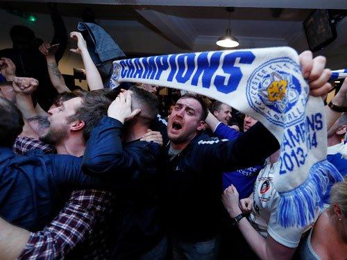 Soccer-Amazing Leicester celebrate fairytale title success