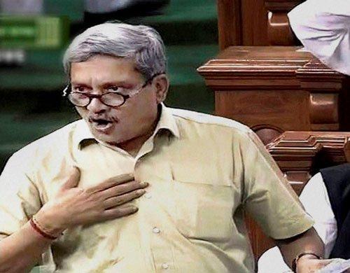 On Modi's advice, Parrikar speaks in Hindi in Lok Sabha