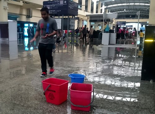 Pre-monsoon showers wreak havoc in Bengaluru
