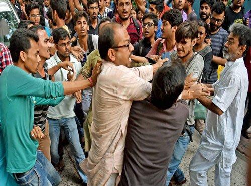 Jadavpur University a 'hub of anti-nationals', VC supporting them: BJP