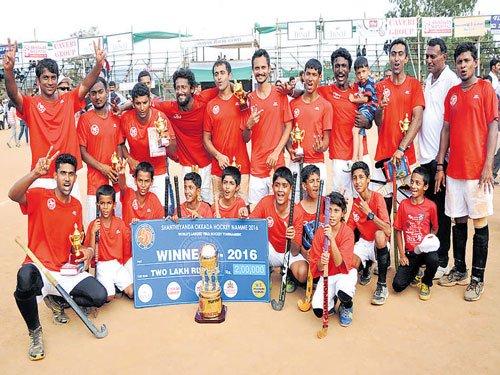 Kaliyanda wins Shanteyanda hockey cup