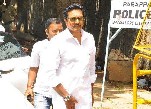 Cash seizure: Case filed against Sarathkumar