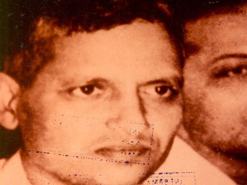 Rs 5 lakh for widow of Godse's captor