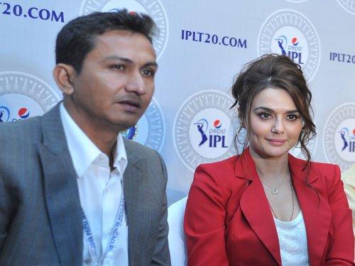 I was not abused by Preity Zinta: Sanjay Bangar