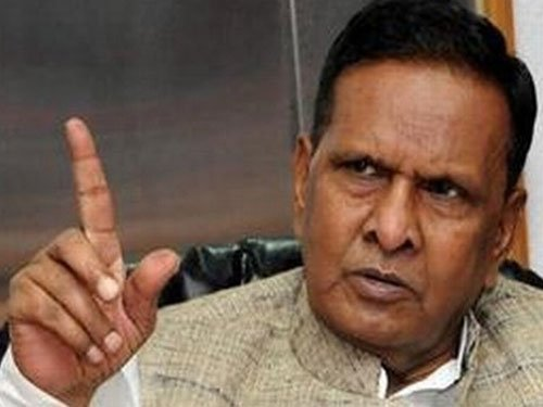 Beni Prasad Verma quits Cong, rejoins SP