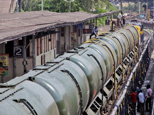 Rly Ministry withdraws Rs 4-crore water bill