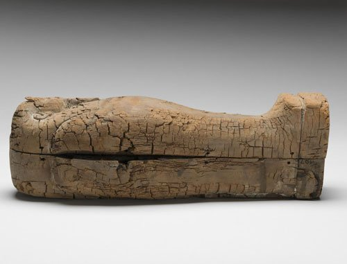 Youngest ancient foetus found in miniature Egyptian coffin