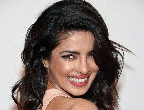 Priyanka Chopra pays tribute to Prince