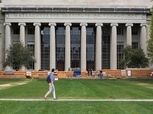 U.S. targets spying threat on campus with proposed research clampdown