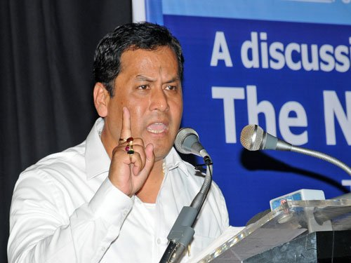 Border with Bangladesh will be sealed in 2 year's time:Sonowal