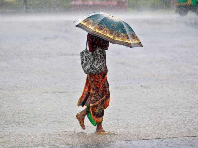 'Extreme rainfall influenced by changes in local temperature'