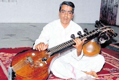 Kalabushana award conferred on Vainika Balakrishna