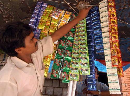 Tobacco products flouting 85% display rule to be withdrawn