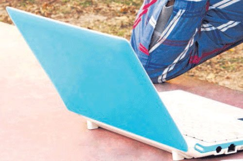 Man electrocuted while charging laptop
