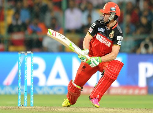 De Villiers singlehandedly takes RCB into IPL final