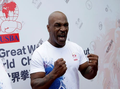 Tyson calls proposal to allow pros in Olympics 'ridiculous'