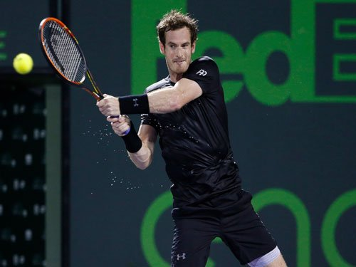 Murray lives to fight another day