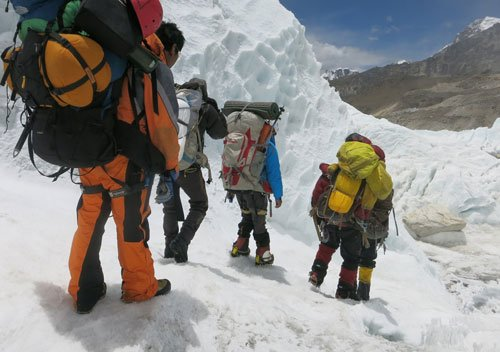 Three more climbers dead