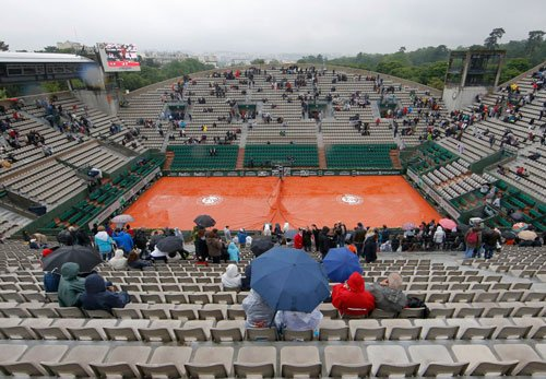 French Open suffers first washout in 16 years