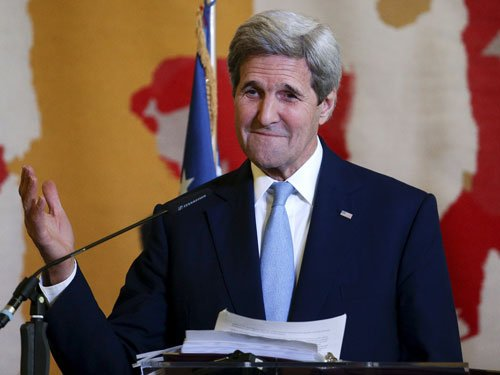Kerry cautions China on actions in South China Sea