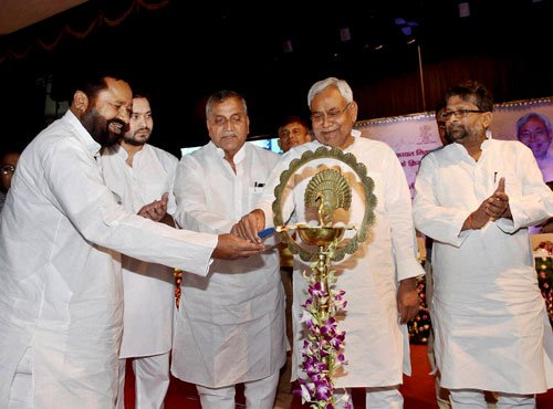 Nitish launches Public Grievance Redressal Act in Bihar