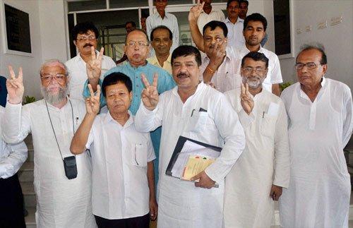 Cong faces fresh crisis: 6 Cong MLAs in Tripura quit