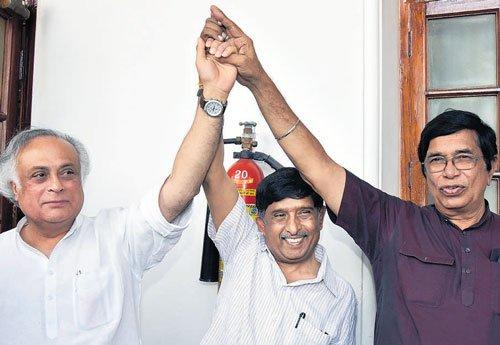 RS polls in Karnataka: Cong wins 3 seats, BJP gets 1