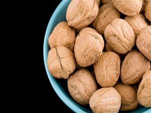 Eating nuts may cut mortality risk from prostate cancer: study