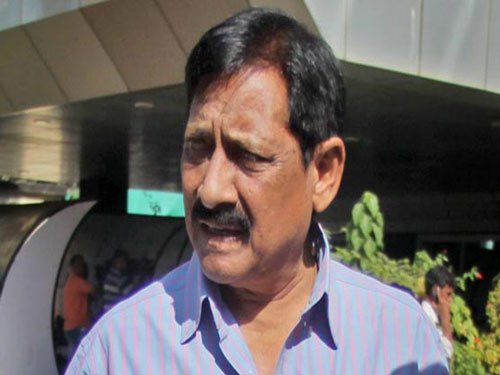 Controversy over appointment of Chetan Chauhan as NIFT chief