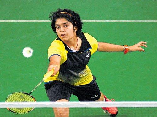 Aakarshi upsets top seed Shikha