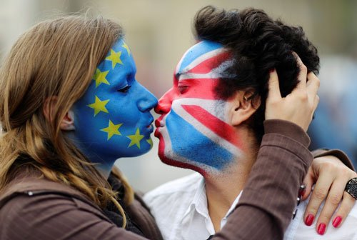 'In' regains ground as UK's EU referendum comes down to the wire
