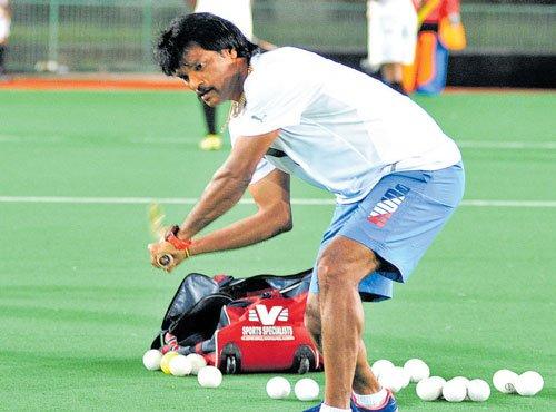 Dhanraj Pillay buys team in Mumbai TT League