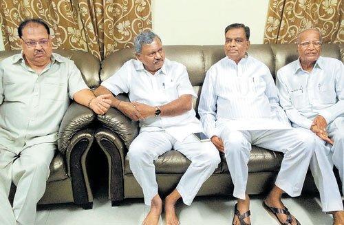 Discontent over ministry reshuffle in Karnataka intensifies