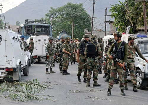 Army, CRPF squabbled over who killed Pampore terrorists