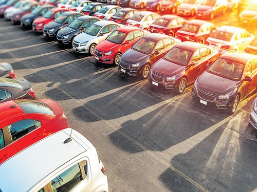 7th Pay Commission: Auto makers expect spurt in sales
