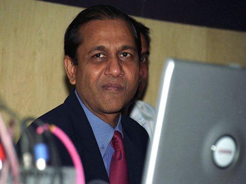 Siddharth Basu back with new quiz show 'News Wiz' for students